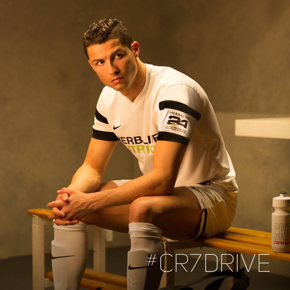ronaldo-picture-cr-7drive